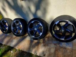Jogo de Aro 17 Krmai Civic golf, pneus novos.