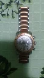 Vendo um relógio bulgari