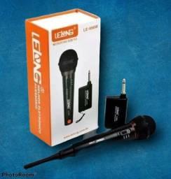 Microfone sem fio completo com um excelente alcance grande promoção
