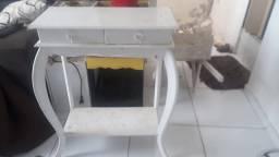 Penteadeira e Mesa de Carruagem para decoração