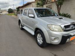 Hilux completa top