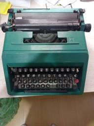 Título do anúncio: Máquina de Escrever Olivetti