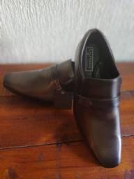 Sapato Número 40