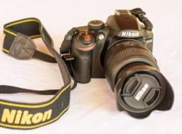 Nikon D3200 + 18-55mm Vr