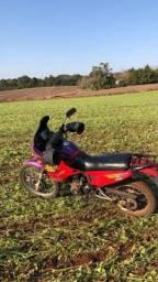 Vendo moto nx sahara 350.