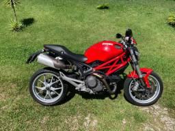 Ducati monster 1100 ano 2010 , 22 mil km
