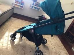 Carrinho de bebê Baby Jogger City Tour - Importado