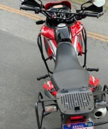 Título do anúncio: Moto xre 300 2011