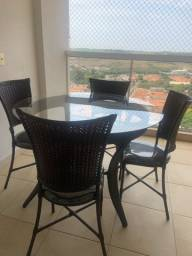 Título do anúncio: Mesa jardim ou sacada com 4 cadeiras