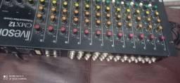 Título do anúncio: Mesa 12 canais troco em teclado.