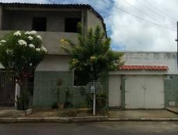 Vendo 3 casas em um mesmo terreno