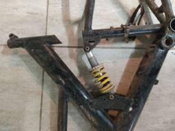 Título do anúncio: Vendo quadro de bike com suspensão