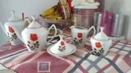 Conjunto porcelana de chá da tarde