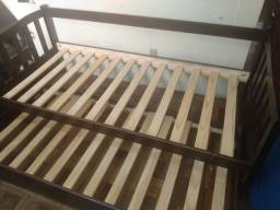 Sofá cama usada de solteiro