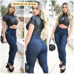 Calça jeans feminina. Somente tamanho 36 e 40. Por 50,00.