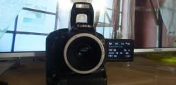 Câmera dele canon t3i tela retrátil+gríp+2baterias+lente 50mm