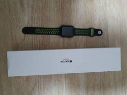 Apple Watch Série 3 42mm com função celular e GPS