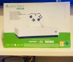 Título do anúncio: Vendo Xbox One s 1 tbt com 1 controle ?