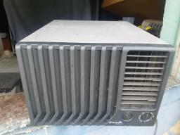 Ar condicionado Springer 7500 BTUs