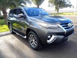 Toyota Hilux SW4 SRX Diesel Top de Linha AcTroca Hilux de Menor Valor - 2017