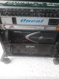 Vende- se amplificadores, cada um $ 1200