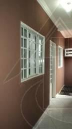 Apartamento de 02 quartos próximo da Univag