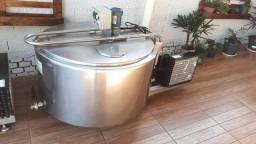 TINA TANQUE Resfriador A GRANEL INOX 300 L 220v