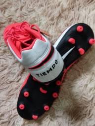 Chuteiras campo Nike e Adidas novas