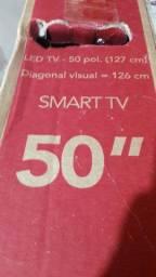 Vendo uma tv tcl p65 4k led smart 50 polegadas com a tela trincada