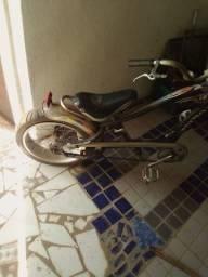 Bicicleta praticamente nova