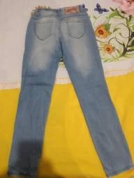 Calça marca yess tamanho 42