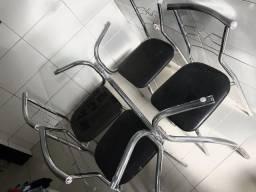 Título do anúncio: Mesa 4 cadeiras Entrego