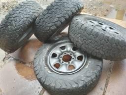 Título do anúncio: Pneus e rodas para Toyota