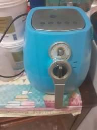 Título do anúncio: Fritadeira eletrica 220v