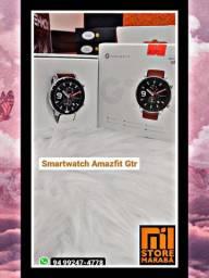 O AMAZFIT GTR com GPS apresenta um visual moderno e sofisticado.