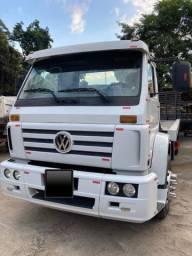 Caminhão volkswagen 15180