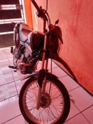 Título do anúncio: Vendo moto