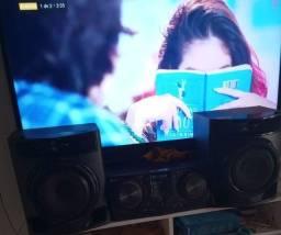 Título do anúncio: Vendo um som semi novo LG pegando tudo novíssimo CD bluetooth pendrive  etc perfeito