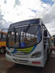 Ônibus urbano 44 lugares  no DOC ano 2008