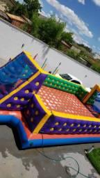 Locação Futebol de sabão, escorregador inflável, pebolim, airgaime, pula pulas