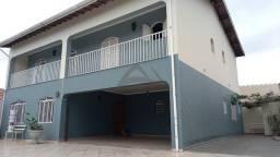 Título do anúncio: Casa para venda em Jardim Eulina de 258.00m² com 5 Quartos, 1 Suite e 9 Garagens