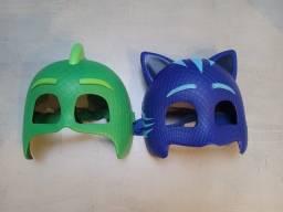 Título do anúncio: Duas Máscaras Pj Masks (Menino Gato e Lagartixo)