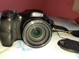 Câmera Sony DSC H100