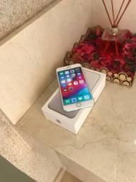 IPhone 7 Plus 256 Silver Seminovo - Caixa Acessórios Originais