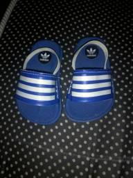 Chinelo da Adidas