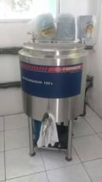 Tina de maturação e pasteurizador de 150 litros cada