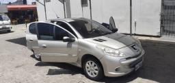 Peugeot 207 - Novo - 2012