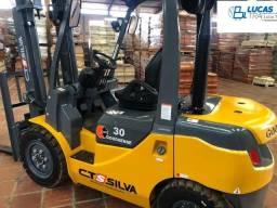 Empilhadeira Diesel para 3 toneladas - Torre Triplex - Nova