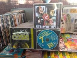 Dvds e cds em diversos títulos