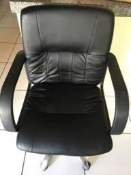 Cadeira escritório novíssima